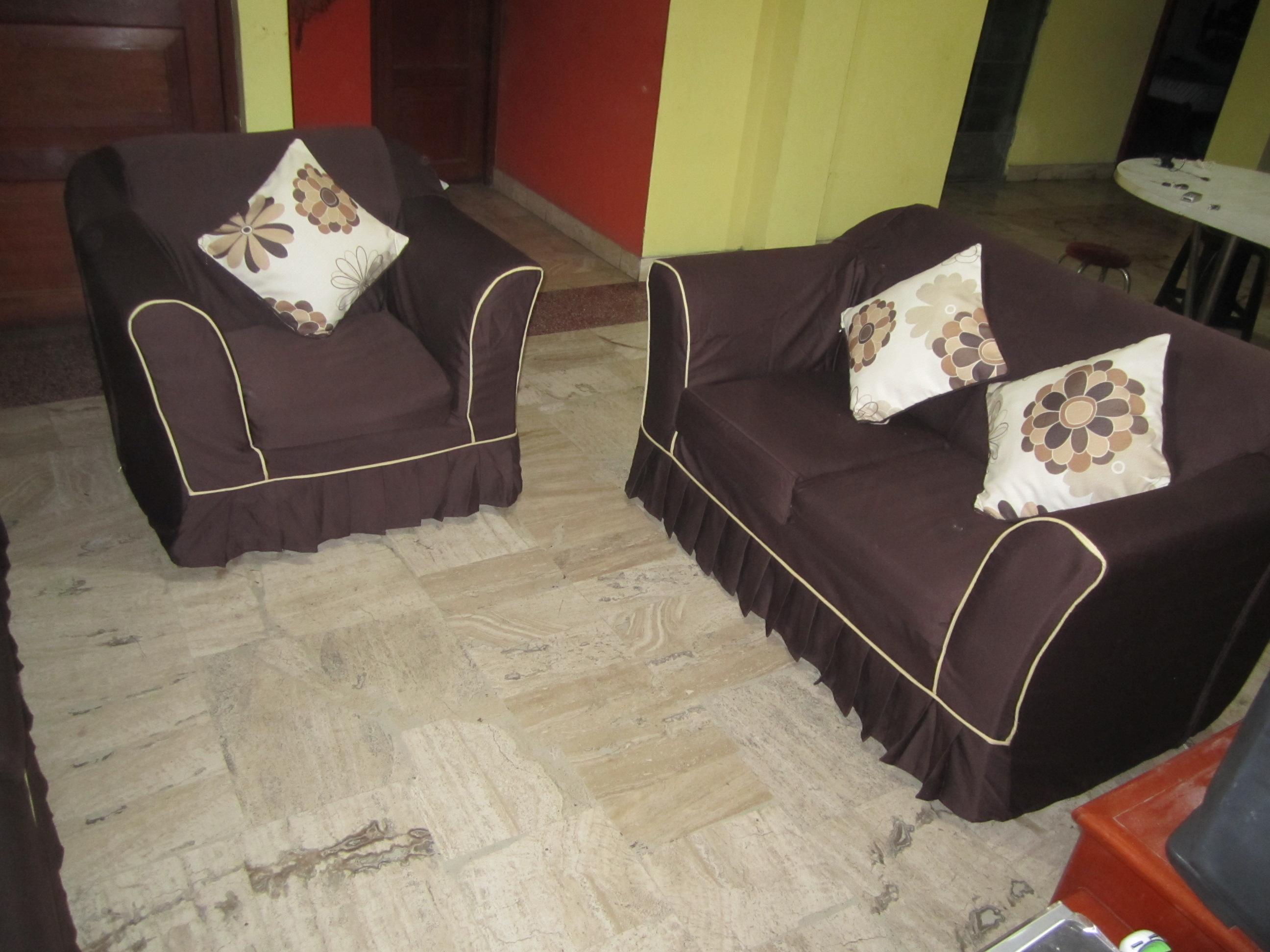 Fundas para muebles cortinas blinds for Muebles de sala en oferta lima peru